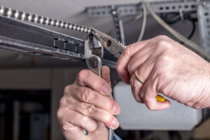 24/7 Garage Door Repair in Mississauga
